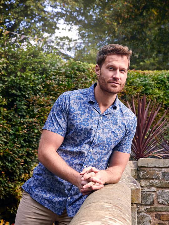 Raging Bull Big & Tall Short Sleeve Poplin Hibiscus Print Shirt - Chambray